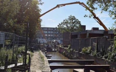 Under water concrete pour Watermolenbeek Roosendaal (NL)